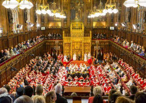 Royaume-Uni : quand l'industrie du tabac achète les responsables politiques