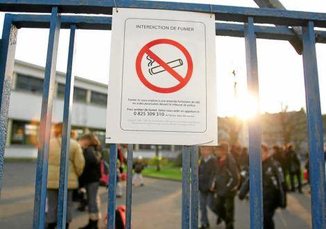 Interdiction de fumer : alerte généralisée dans les établissements scolaires