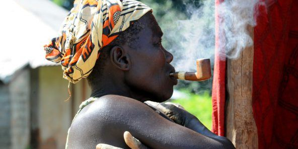 tabagisme-afrique-populations-vulnerables-cibles-marketing-tabac